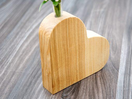 Holzherz mit Vaseneinsatz Muttertagsgeschenk