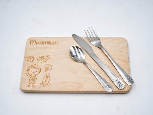 Kinderjausenbrett aus Holz mit Besteck