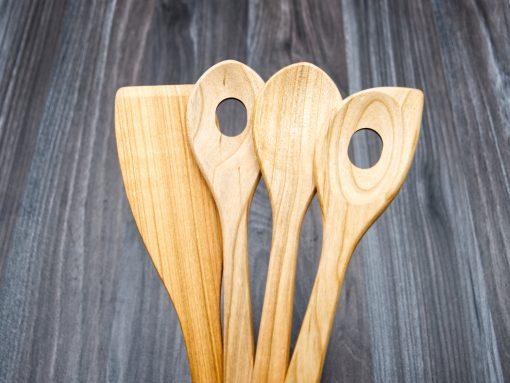 Küchenhelfer aus Holz - set aus kirsche