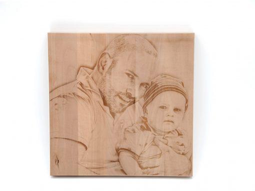 Bildgravur auf Holz - schenken Sie etwas persönliches