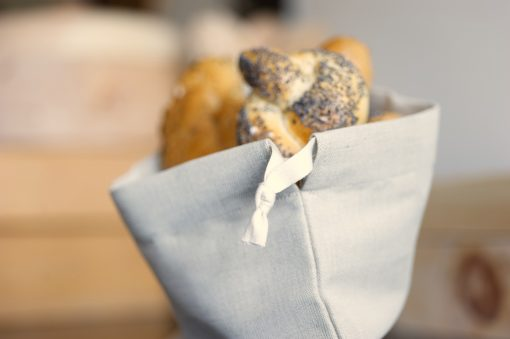 Design Zirbenbrotdose inkl.Brotsäckchen aus Bio-Bauernleinen