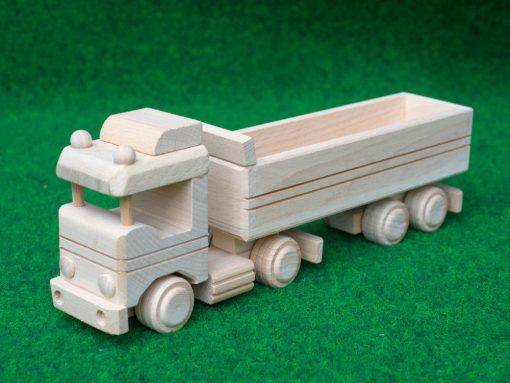 LKW mit Anhänger aus Holz