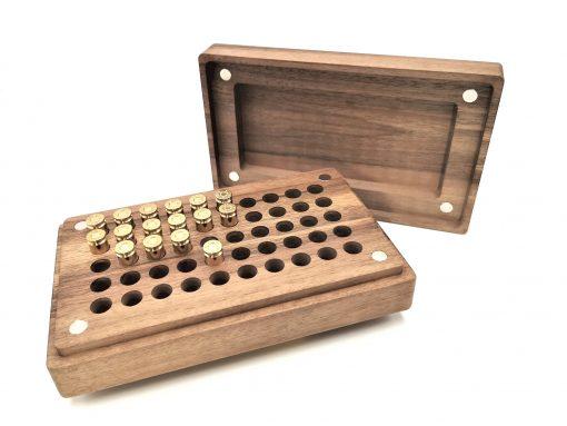 Munitionsbox aus Holz und Ladebretter