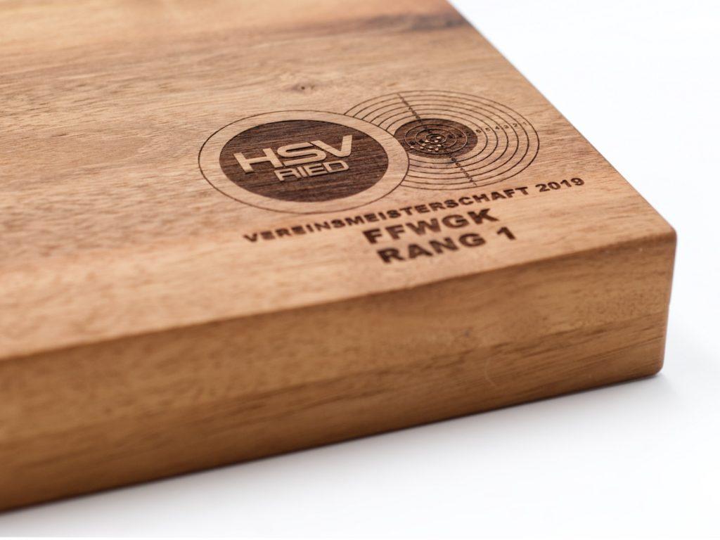 Munitionsbox aus Holz mit Lasergravur