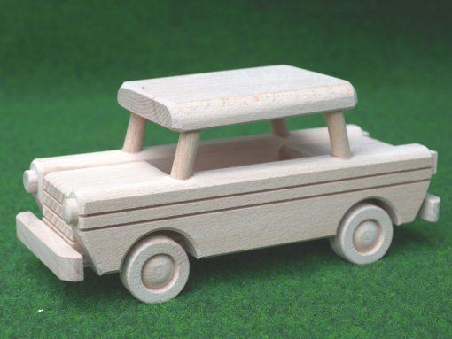 Trabant aus Holz gefertigt aus Buche